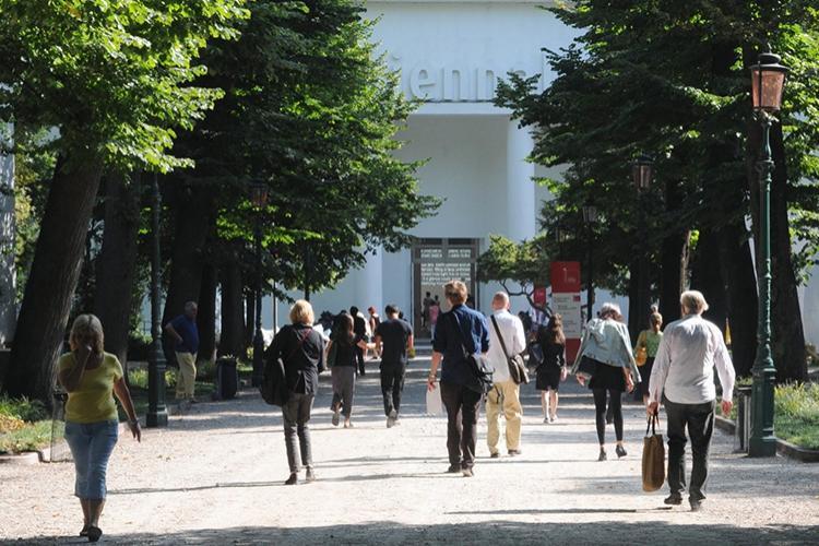 architettura biennale venezia località abitare antropologia culturale cultura spazio tmepo Milano Libano
