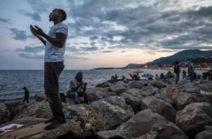 non persone umani immigrazione migrazione sociologia cultura antropologia vivere insieme