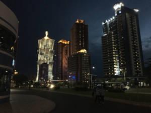 centro di Pyongyang avanguardia architettonica modernizzazione corea del nord asia oriente lettaruta cultura antropologia
